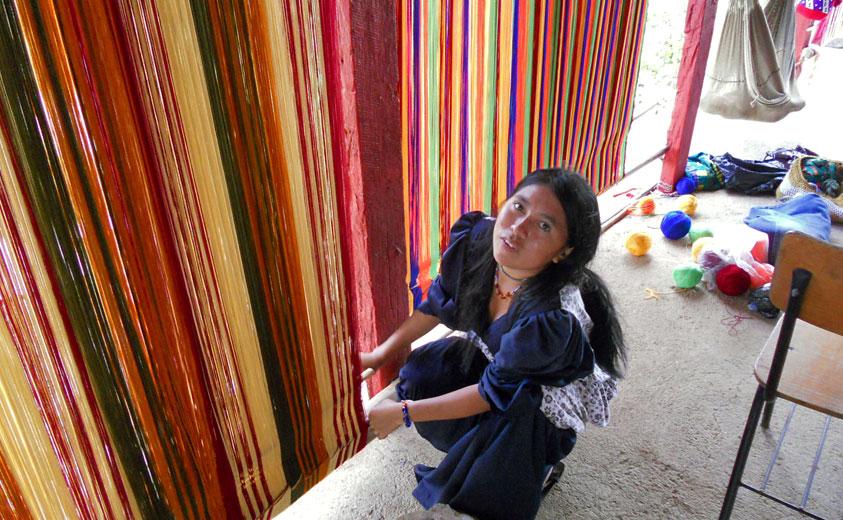c4f27c65b0f5 Artesanías de Colombia apoya a poblaciones vulnerables y desplazadas ...