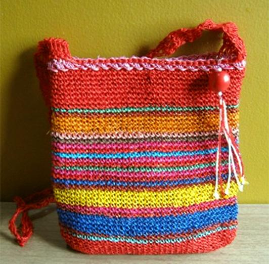 Hacer bolsos en crochet imagui - Como hacer bolsos tejidos ...