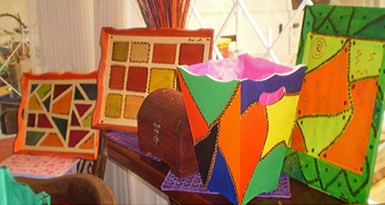 Zadart galer a artesanal artesan as de colombia - Baules pintados a mano ...