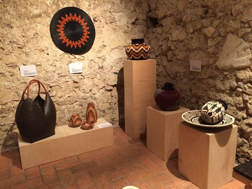 A trav s de cada una de las artesan as exhibidas se for Artesanias de espana