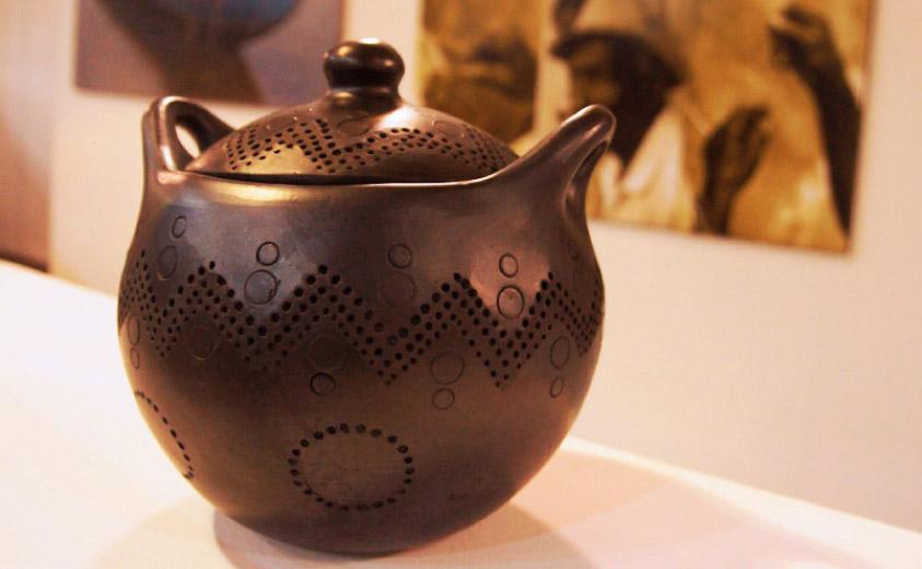 El legado del barro con nuestros ind genas for Productos para ceramica